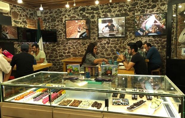 Que Bo!のチョコレートお店のショーケース