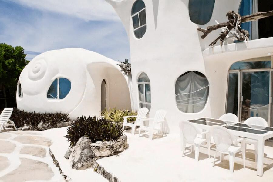 メキシコ、イスラムへーレス島のシェルハウス(貝殻の家)の外見2