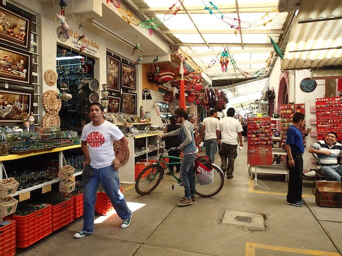 シウダデラ市場の店3