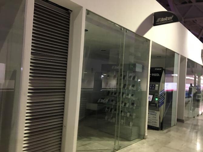 メキシコシティ空港のTelcel1
