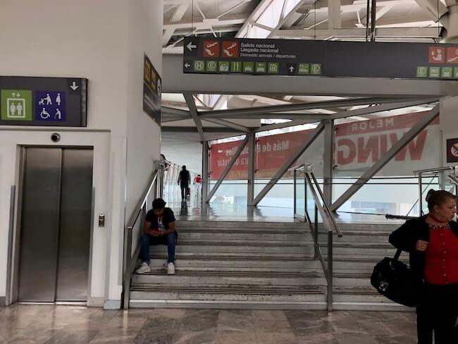 空港エアートレインの乗り方4