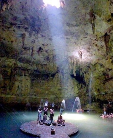 Cenotes_Suytun スイトゥンセノーテ