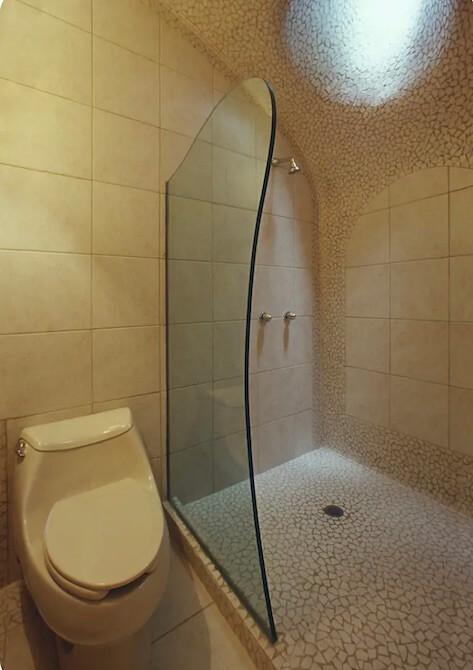 エル・ニド・デ・ケツァルコアトルのバスルーム