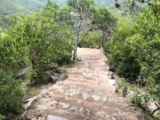 石の滝までの道のり6