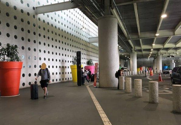 メキシコシティ第2ターミナルのメトロバス乗り場1