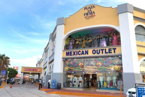 Plaza la Fiestaの外見