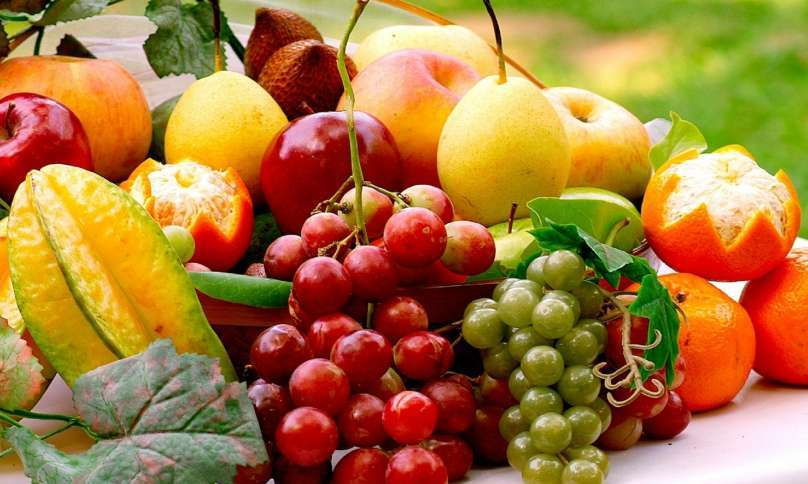 list of fruits and their vitamins