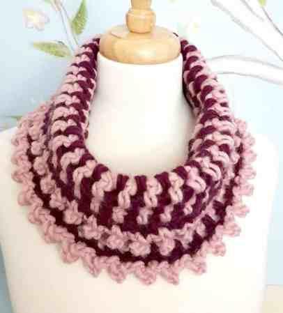 Chunky Yarn crochet cowl