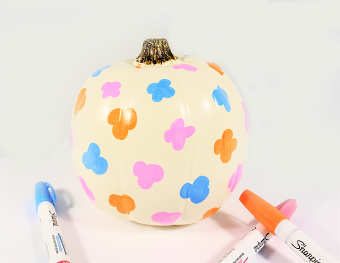 pumpkin decorating 4