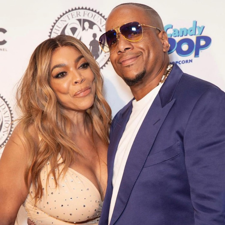 """WENDY WILLIAMS SAYS SHE WAS JUST A """"SHOW PONY"""" FOR KEVIN"""