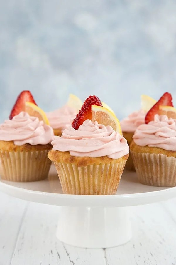 Cupcakes With Roasted Strawberries And Creamy