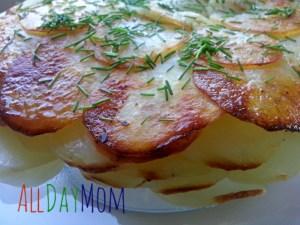 Whole30 Side Dish: Whole30, Gluten Free, Dairy Free Scalloped Potatoes