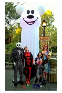 Jack and Sally couples costume for Mickey's Halloween Party at Disneyland! Make the most of your Disneyland day with these 5 Disneyland Tips for Mickey's Halloween Party! Don't miss a trick—or a treat!—at Disneyland's Halloween Party!
