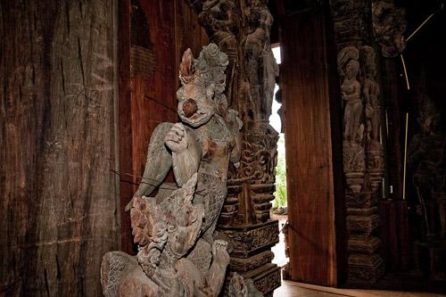 Храм Правды в Таиланде. Обитель для искателей философской истины