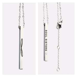 Olla Ehe necklace with a message