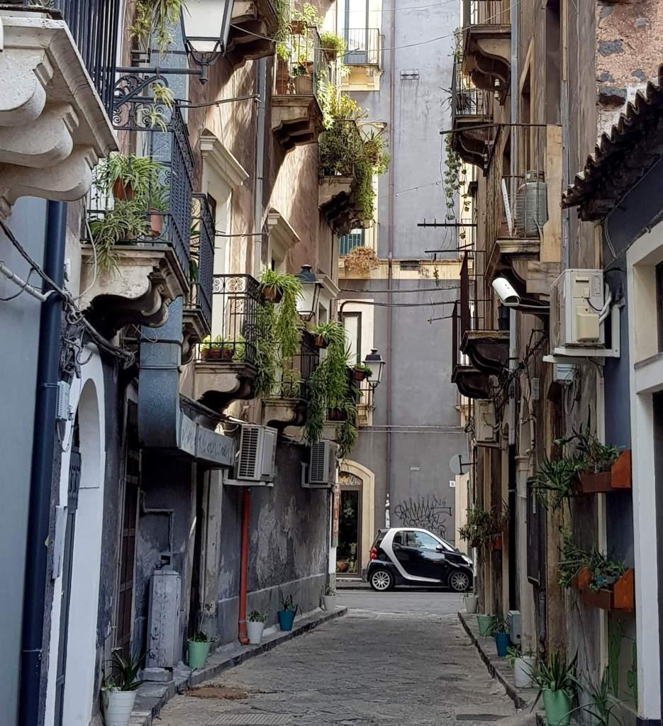 De Smart is een populaire auto op Sicilie.