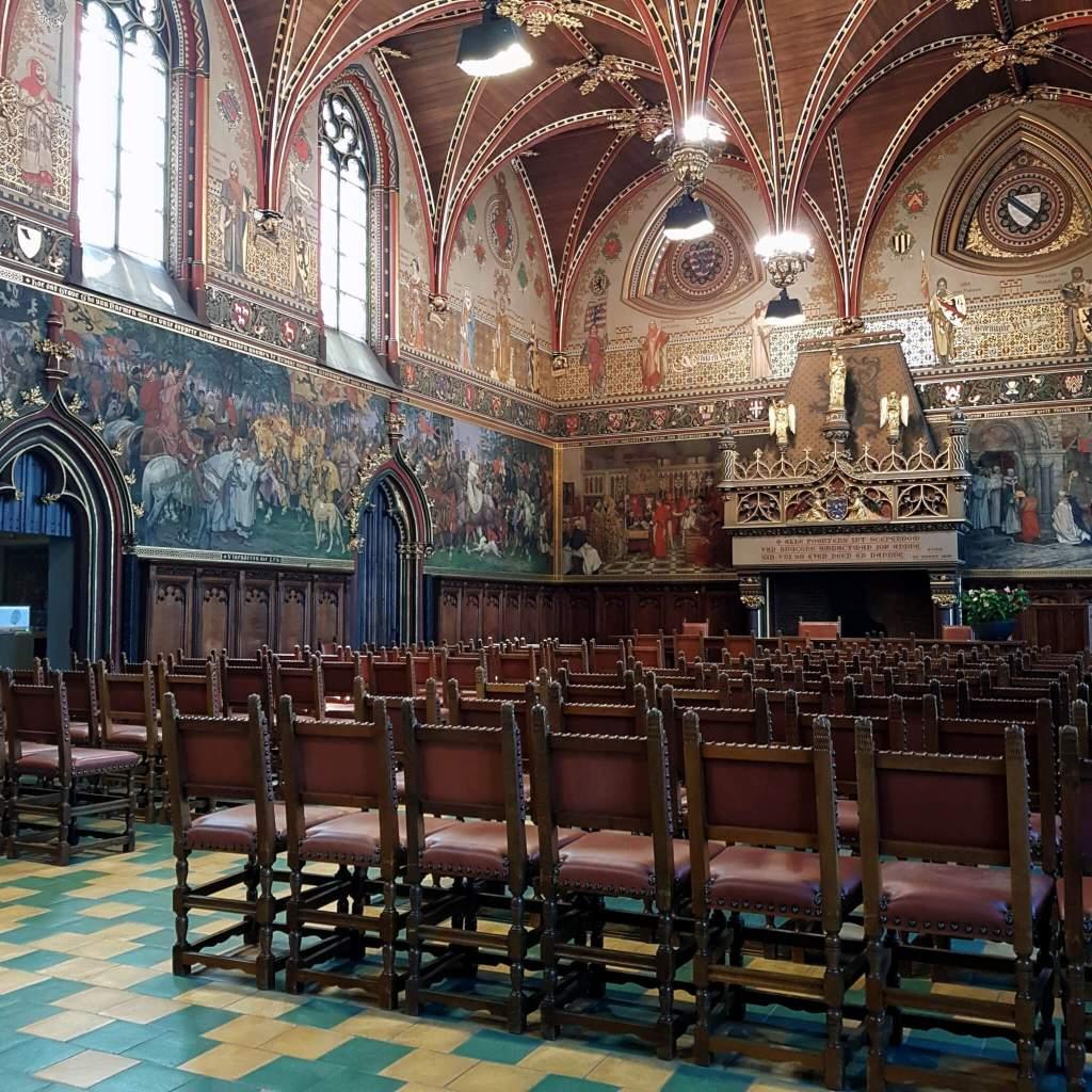 De gotische zaal van het stadhuis van Brugge
