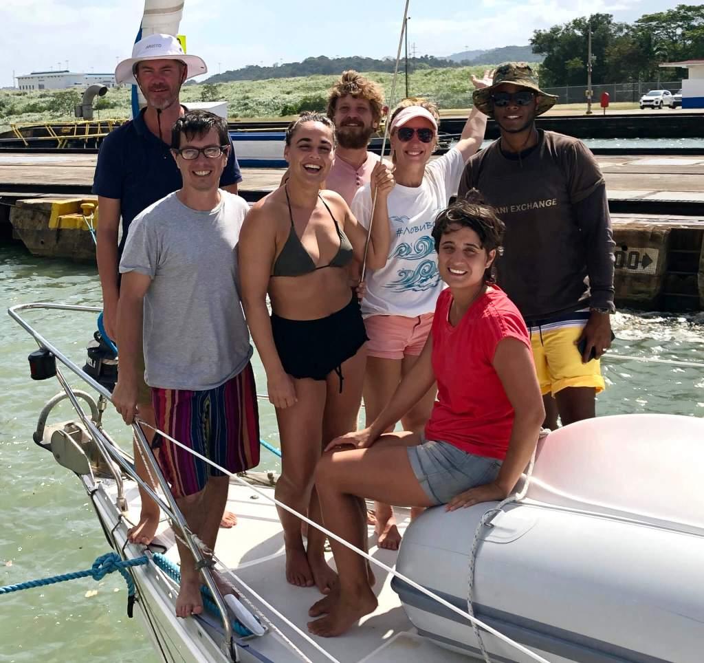 De crew op het zeilschip