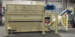 Rotary Impact Separator for Carpet Tile Fiber Separation with Integrated Conveyor