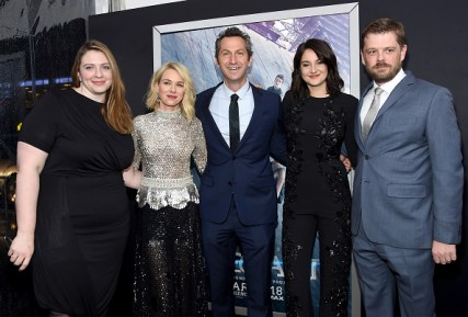 "NEW YORK, NEW YORK - MARCH 14: (L-R) Gillian Bohrer, Naomi Watts, Erik Feig, Shailene Woodley, and Matthew Janzen attend the New York premiere of ""Allegiant"" at the AMC Lincoln Square Theater on March 14, 2016 in New York City. (Photo by Jamie McCarthy/Getty Images)"