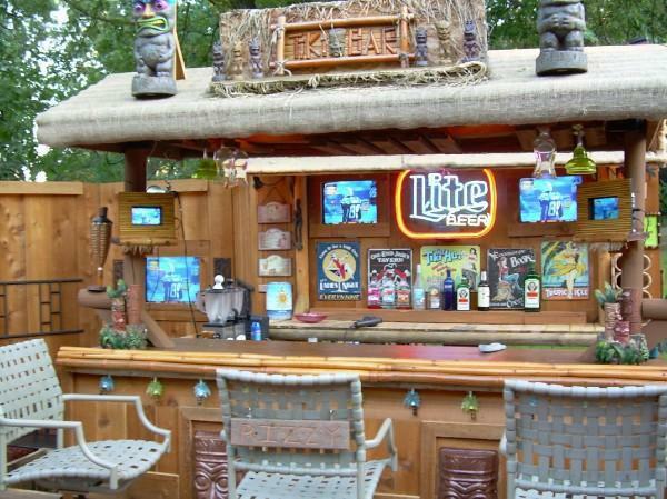 Tiki Back Yard Kitchen Ideas