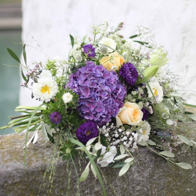 Blumenstrauss allerart Olten