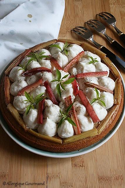 Gâteau à la crème verveine coco et rhubarbe