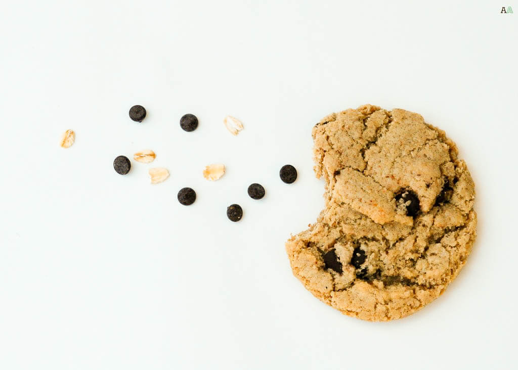 the-best-oatmeal-chocolate-chip-cookies-for-food-allergies