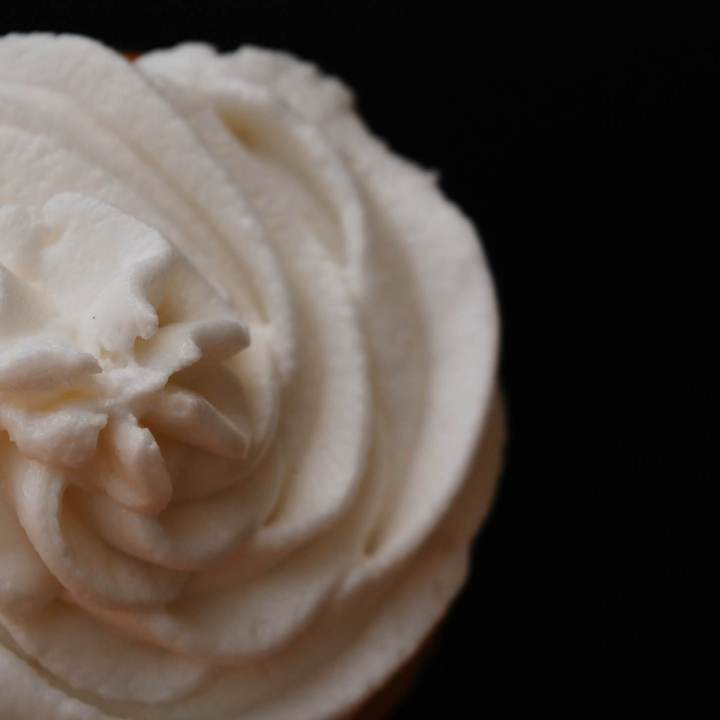 how-to-make-dairy-free-vanilla-frosting