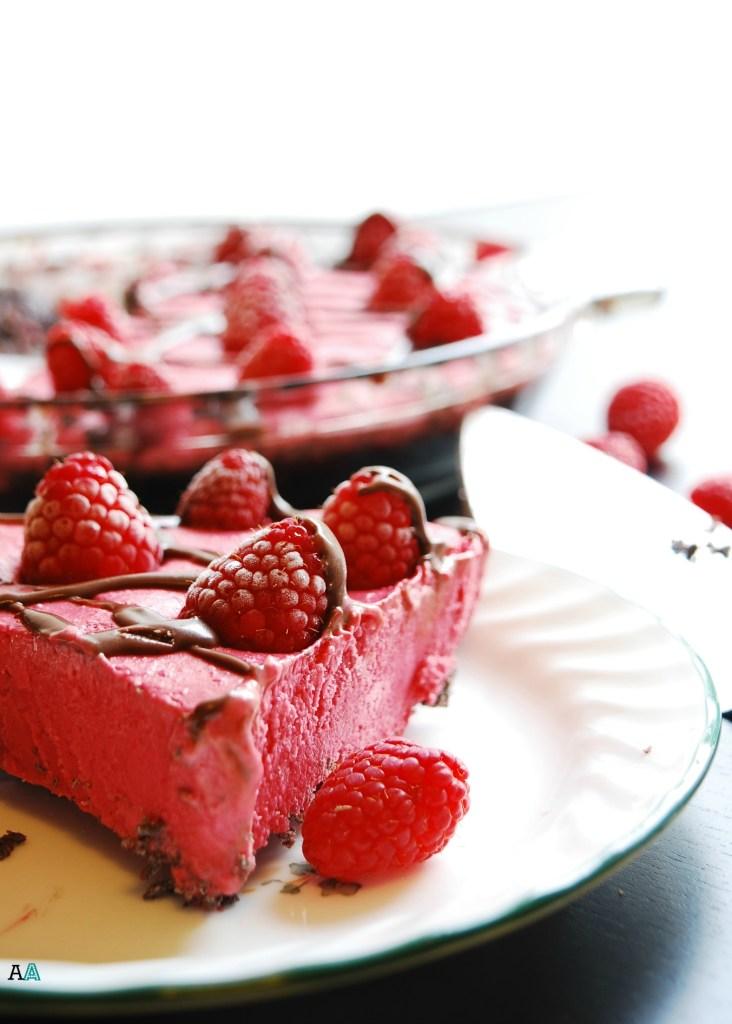 Frozen Raspberry Pie (GF, DF, Egg, Peanut, Tree nut Free, Vegan) Dessert recipe by AllergyAwesomeness.com
