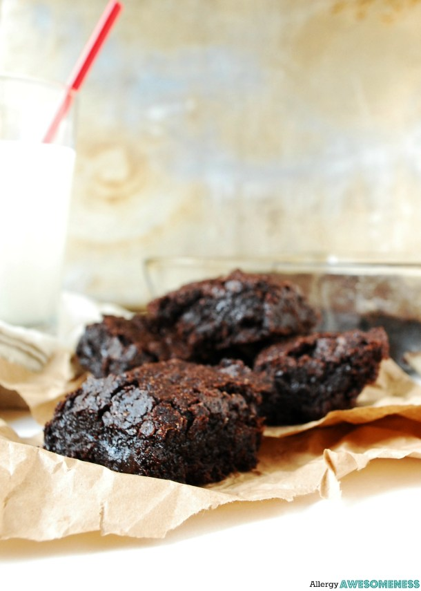 Allergy-friendly Brownies Dessert recipe by AllergyAwesomeness.com