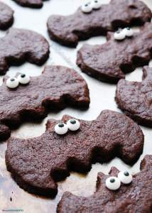 Chocolate Sugar Cookie Bat Treats for Halloween