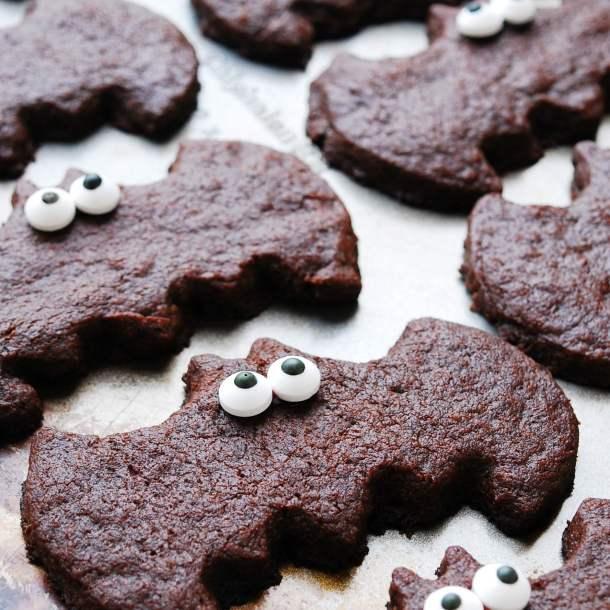 Chocolate Sugar Cookie Bat Treats for Halloween