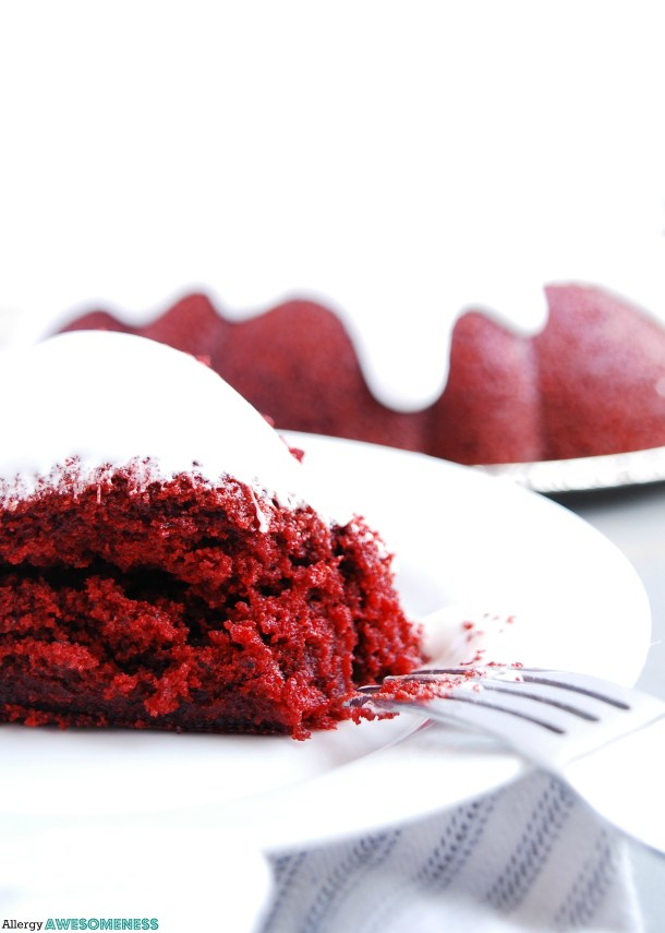 vegan red velvet bundt cake
