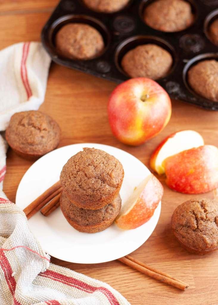 dairy-free-gluten-free-cinnamon-applesauce-muffins