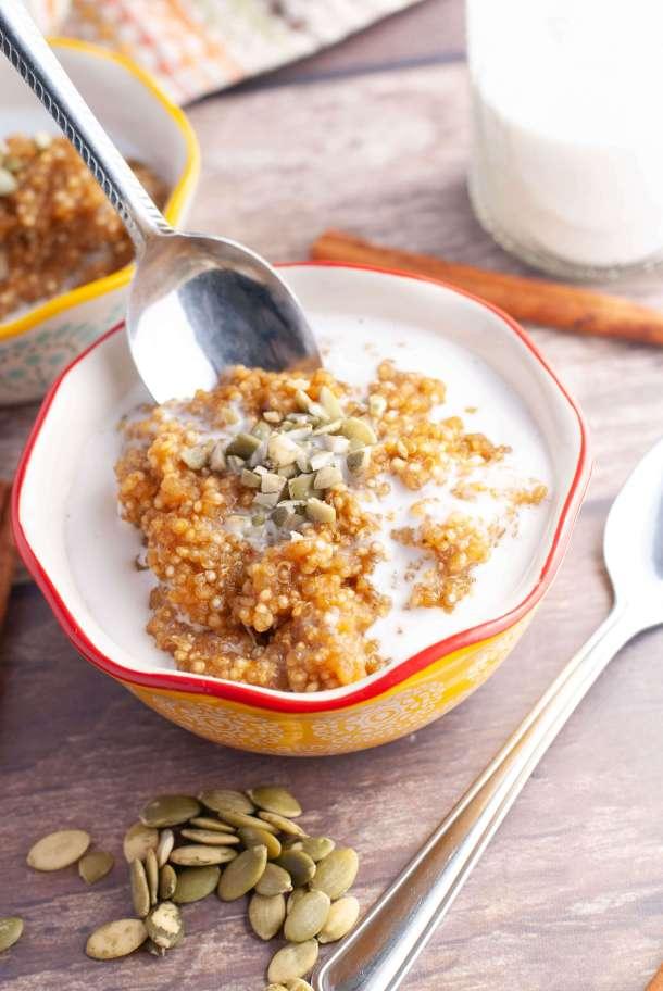 gluten-free-dairy-free-pumpkin-quinoa-breakfast-porridge