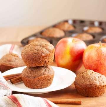 vegan-gluten-free-cinnamon-applesauce-muffins