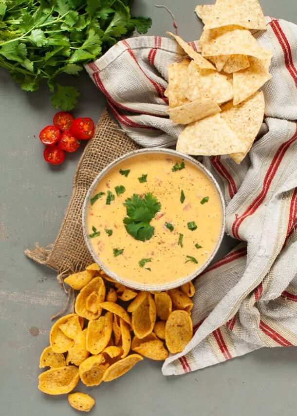 rotel-queso-dip-thats-dairy-free