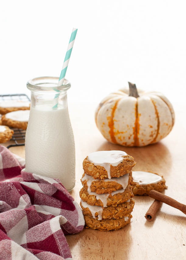 iced-pumpkin-oatmeal-cookies