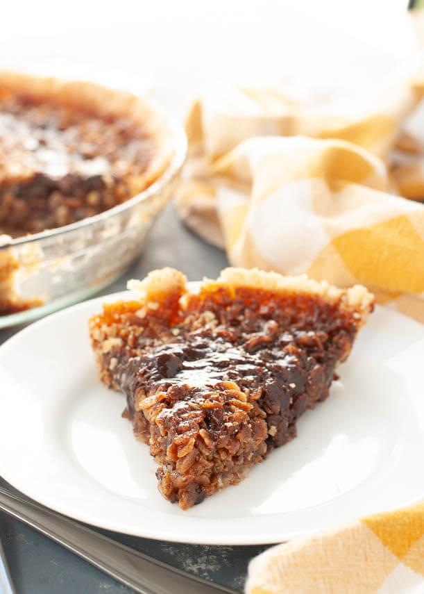 gluten-free-vegan-black-bottom-oatmeal-pie
