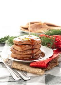 gluten-free-vegan-gingerbread-pancakes