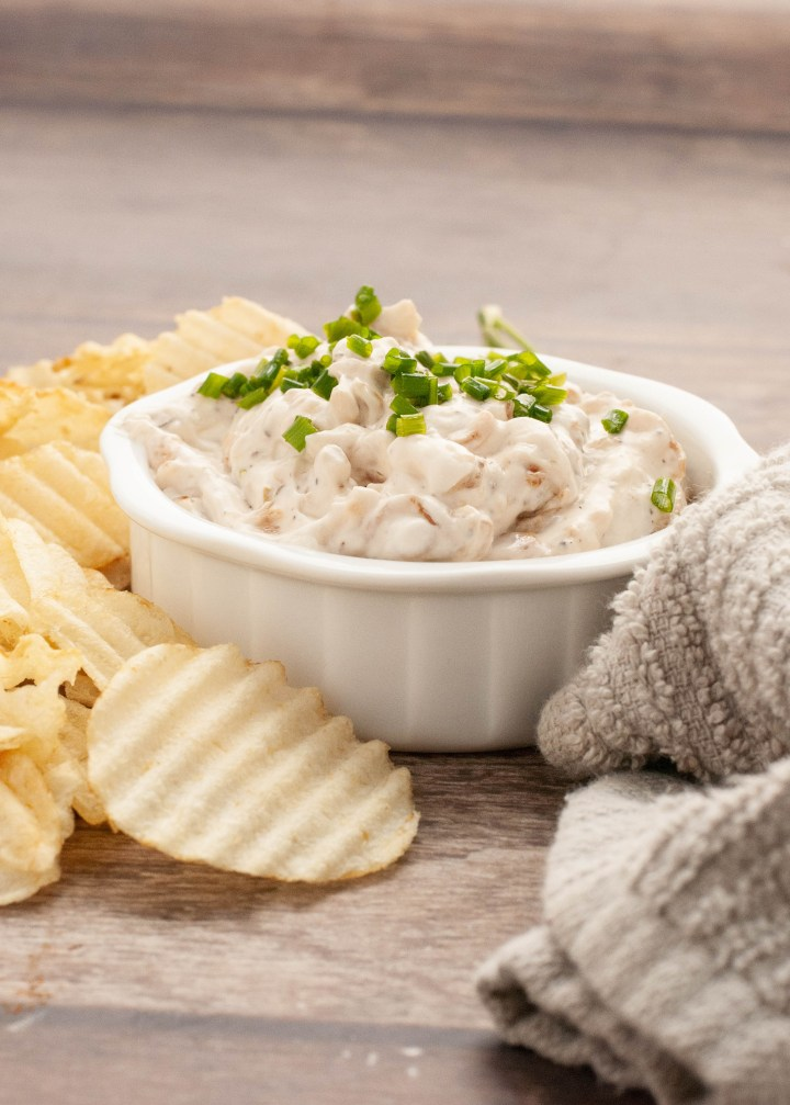 gluten-vegan-french-onion-dip-recipe