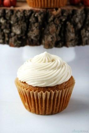 allergy-friendly pumpkin cupcakes