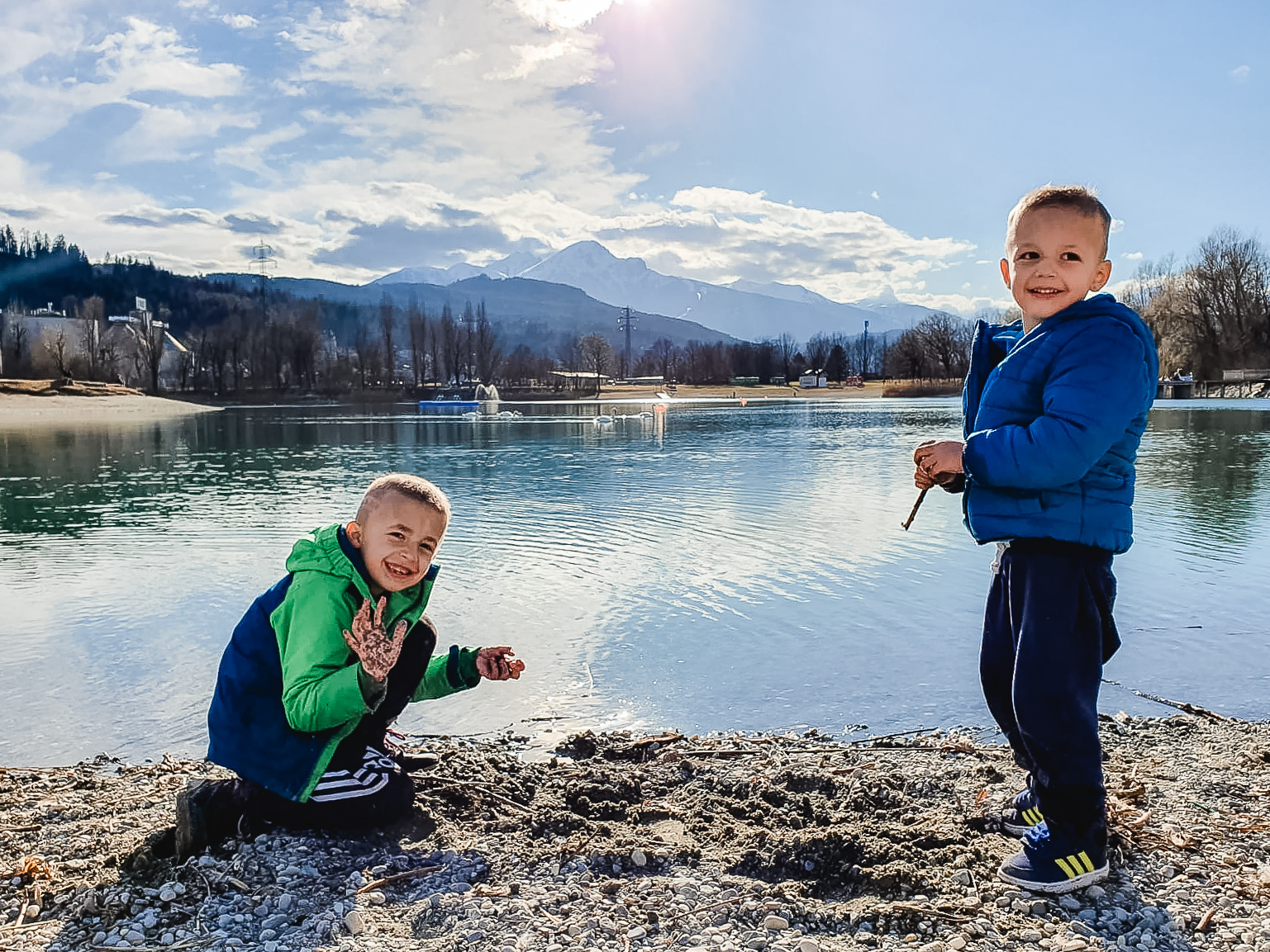 Frühlingstag am Baggersee Innsbruck