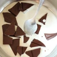 Hausgemachte Schokonusscreme mit Rum {Homemade Chocolate Nut Cream with Rum}
