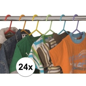 24x Plastic kinder kledinghangers