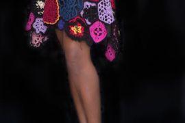 """Una falda de flores en """"Irish Crochet"""" para una navidad muy Naïf."""
