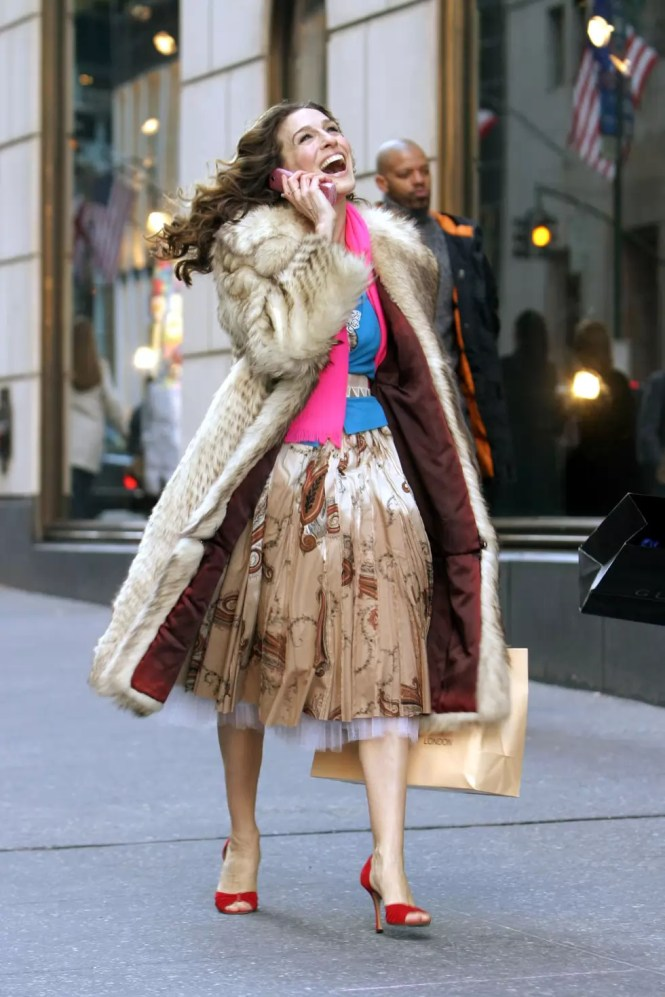 best carrie bradshaw looks according to alley girl