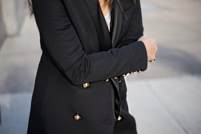 new-york-street-style-balmain-blazer-2