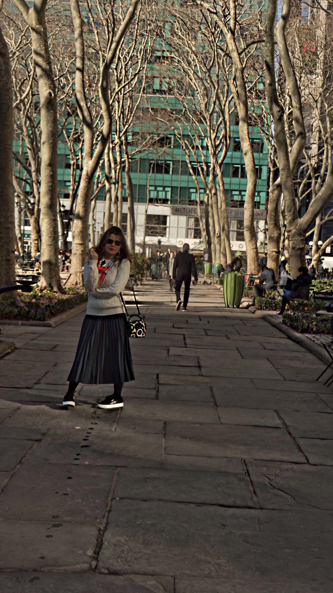 maxi-skirt-scarf-bryant-park-10